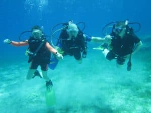 Family On Discover Scuba